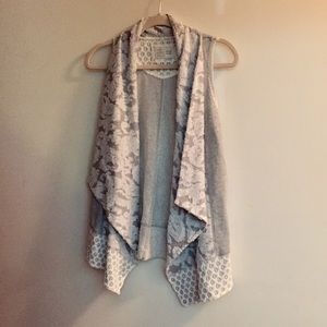Anthropologie Saturday Sunday open front vest XS
